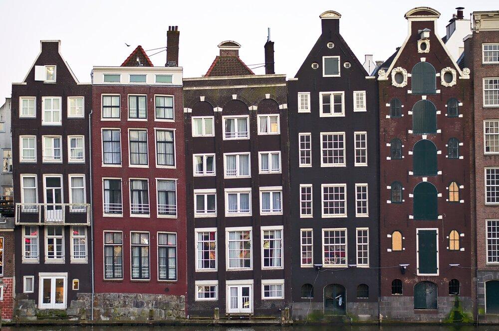 アムステルダムに進出