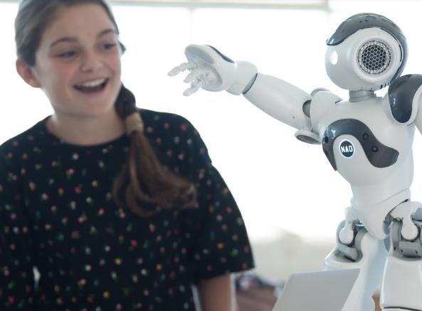 Japan Education System Softbank Robotics Minnie